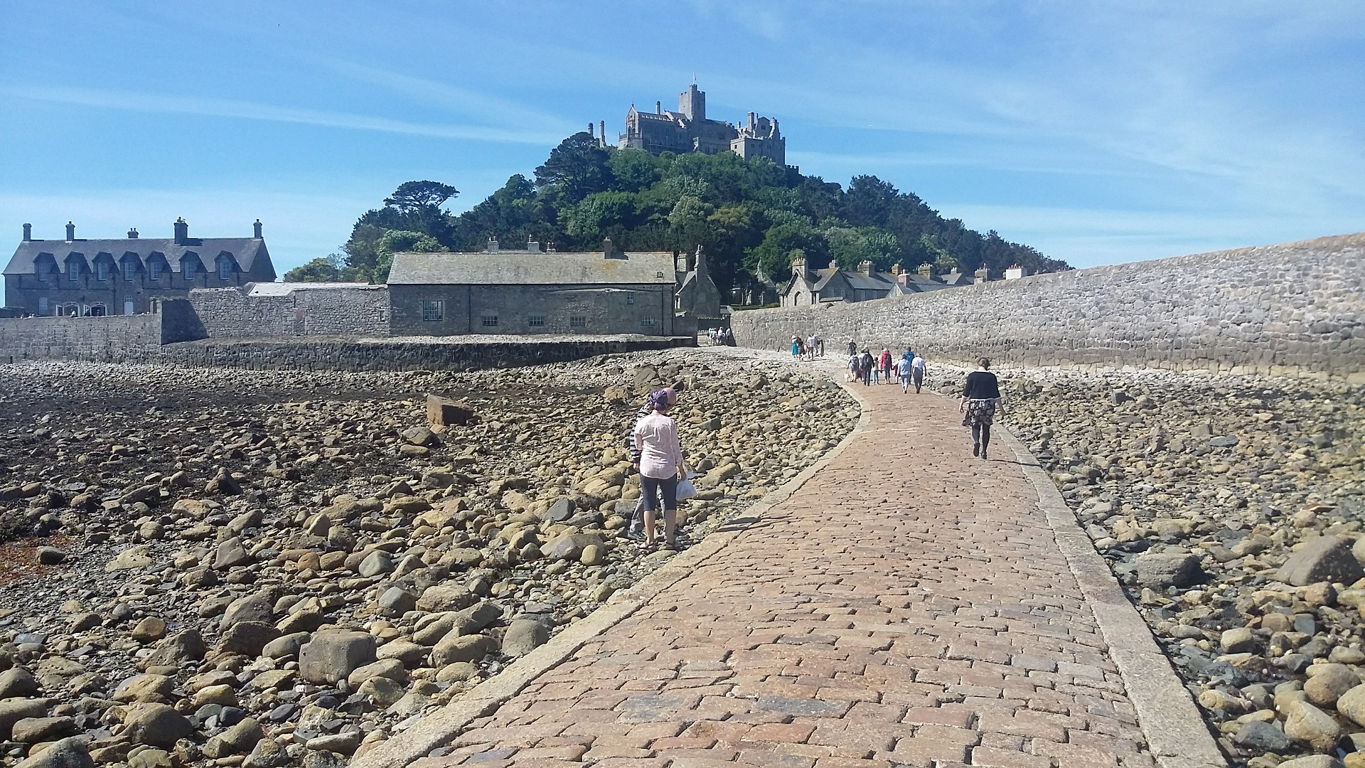 Best Ways to Enjoy a Cornwall Summer Holiday